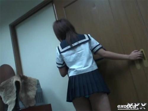 大塚愛に激似の女子高生!アイコラ合成写真じゃ満足出来ないっしょ!